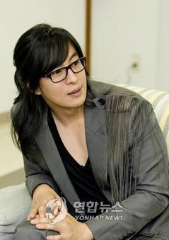 BaeYongJoon0080802.jpg